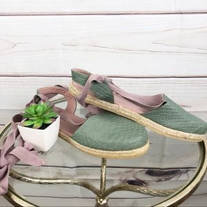 Shoes - NWOT SH16 Olivia Colombian hand made espadrille.